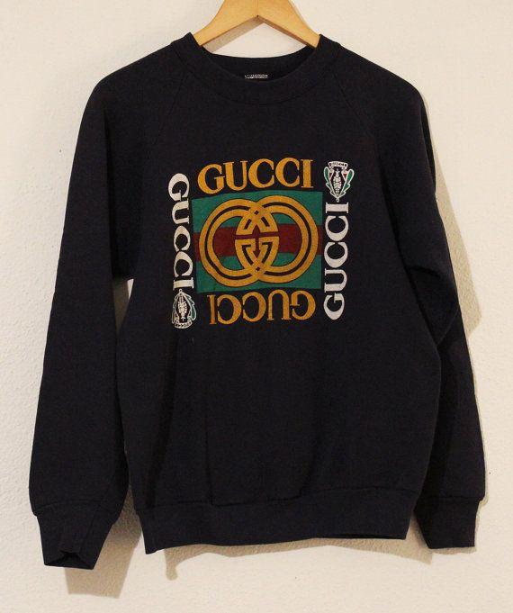 b26329479 GUCCI 80's Vintage Sweater / Crewneck Sweatshirt Pullover Jumper Medium  Navy Blue Gold Logo GG | ♡ my youth 70s, 80s & 90s ♡ | Vintage sweaters,  Gucci ...