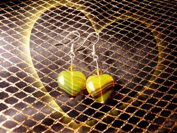 Yellow heart earrings / Orecchini con cuori by DropsofBrightness, $9.75
