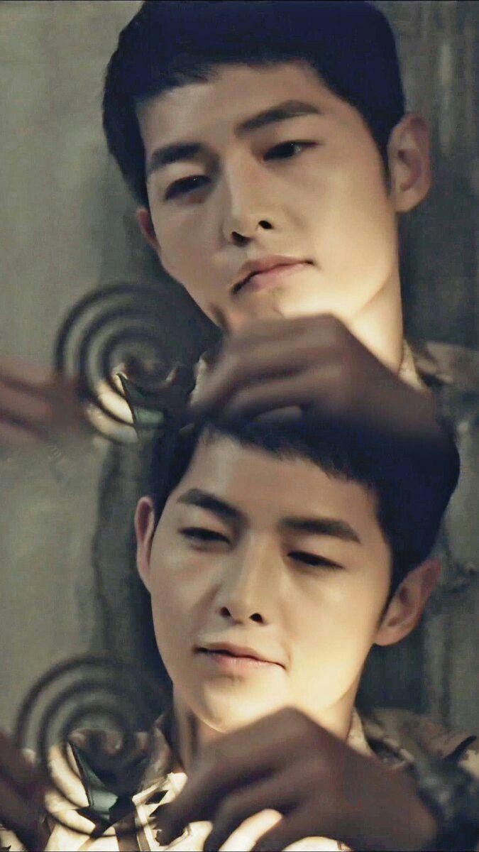 Yoo Si Jin.. Descendants of the Sun..