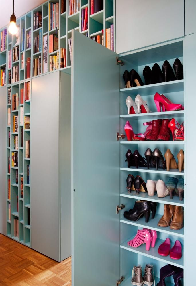 books & shoes! Arkitekttegnede hyller av mdf