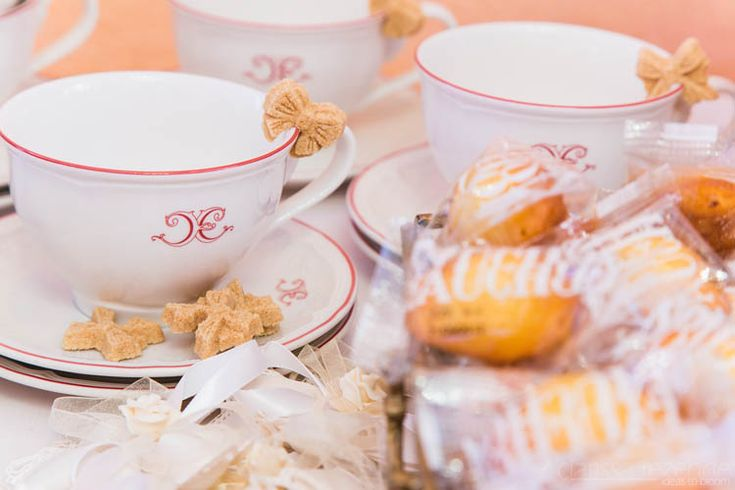 Tea cups with sugars at the wedding's tea table.