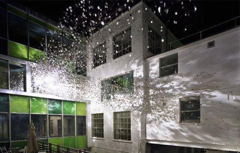 installation-art-explosion