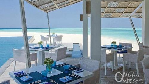 restaurant-blu    Four Seasons Landaa Giraavaru Resort & Spa by Alpha Maldives - Maldives Luxury Resorts  https://www.alphamaldives.com/resort/four-seasons-landaa-giraavaru_24_home_0.html