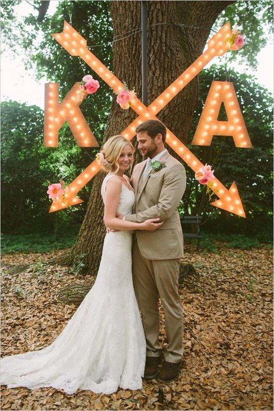 marquee arrow wedding sign / http://www.deerpearlflowers.com/camp-wedding-ideas/