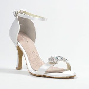 Angela Nuran Shoes Available at GIGI of Mequon in WI. www.gigiofmequon.com