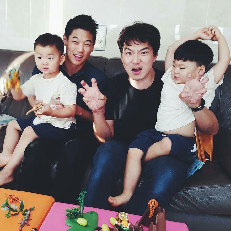 kihong lee insta update with Song Triplets