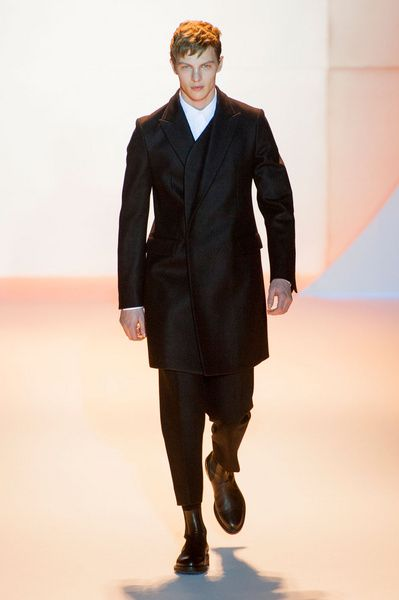 Mode à Paris FW 2014/15 – Wooyoungmi See all the catwalk on: http://www.bookmoda.com/sfilate/mode-a-paris-fw-201415-wooyoungmi/ #paris #fall #winter #catwalk #menfashion #man #fashion #style #look #collection #modeaparis #wooyoungmi @Wooyoungmi Paris