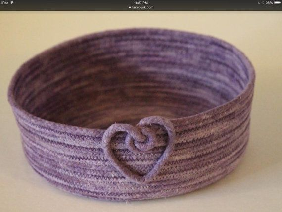 Basket Round/Oval Bowl - Variegated Purple w/ Heart shaped knot