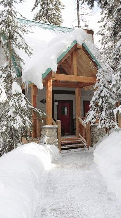 Cabin at Emerald Lake Lodge in the Canadian Rockies of British Columbia, Canada • photo: Canadian Rocky Mountain Resorts
