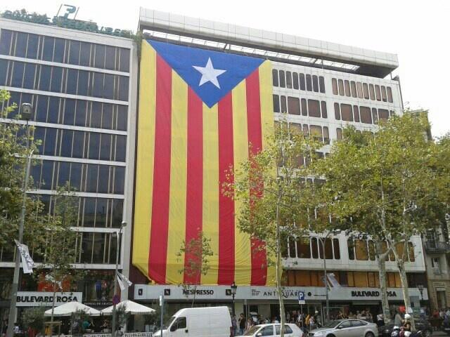 11S2012 Barcelona - Catalonia's flag - Visca Catalunya Lliure!!