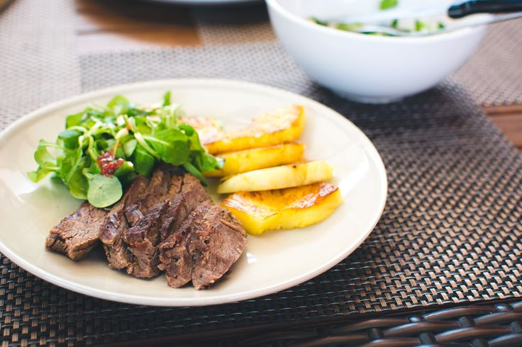 Beef steak with grilled pineapple and salad - download this beautiful picture in hi-res for FREE from foodiesfeed.com / #free #download #hires #foodphotography #food #picture #photography #design #nocopyright Free food pictures