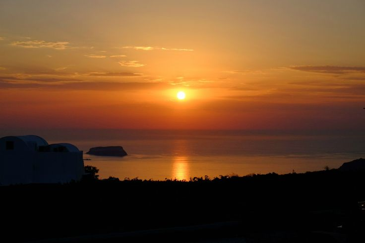 """The """"bleeding"""" #sunset of #Santorini! Unimaginable colors and true feelings! Images that come back to mind whenever you're feeling happy! Isn't this what life is all about? #Greece"""