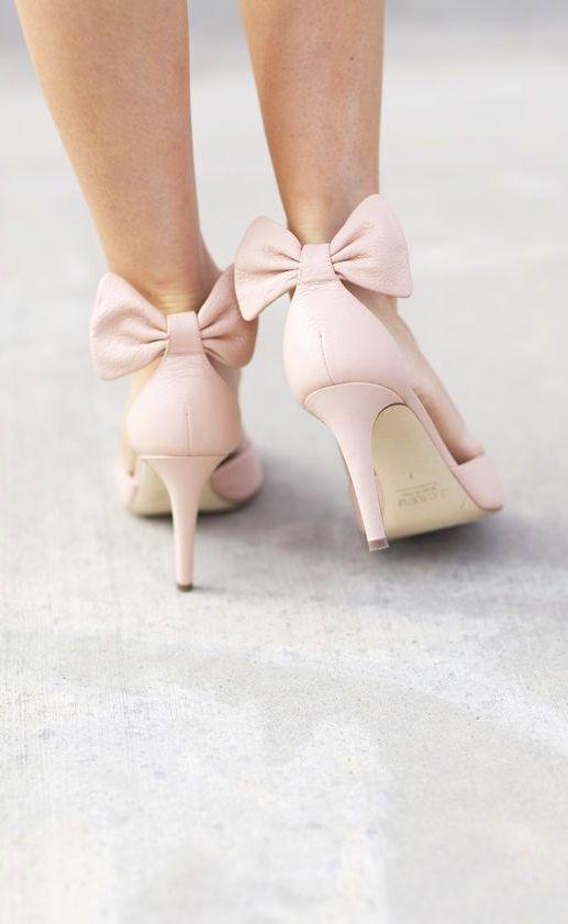|>o<| Leather bow heels // pink vintage-inspired... just divine <3