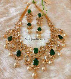 Emerald Polki Diamond Necklace Set photo