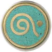 third eye - Dit derde oog wordt in Oosterse culturen tussen de wenkbrauwen geplaatst als teken van wijsheid, intutie en verbeeldingskracht.