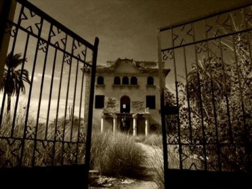 old and abandoned...scary looking:  Prison Houses, Spooky Beautiful, Spooky Places, Hotels California, Haunted Houses, Abandoned Beautiful, Gates, Abandoned Houses, Abandoned Places