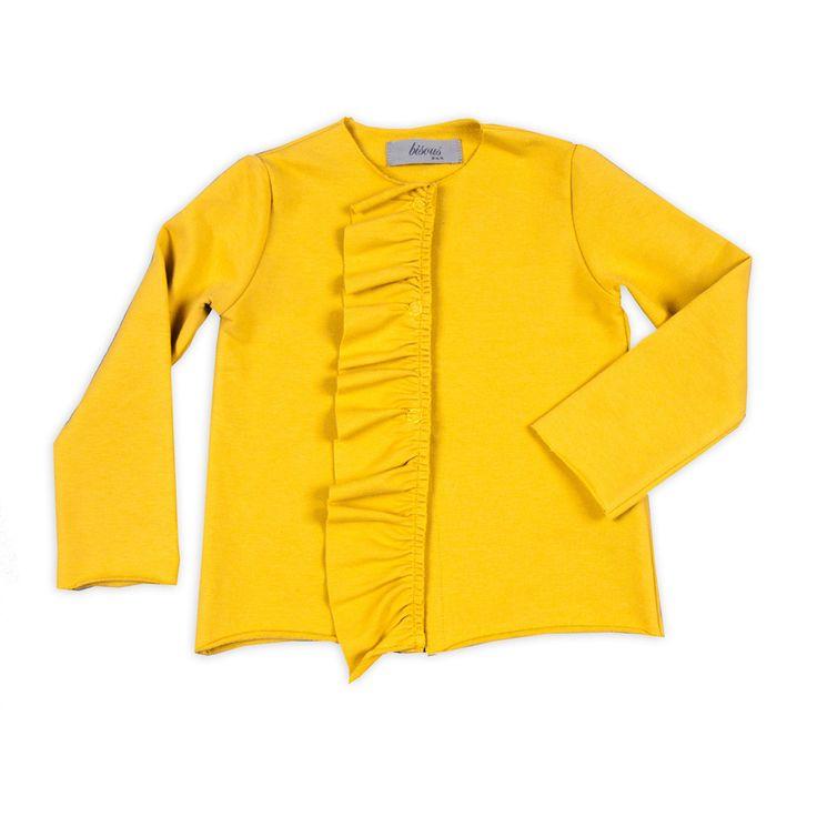 Cardigan in jersey di cotone color giallo senape morbido e confoprtevole con particolare frappa sul davanti per bambina da 2 a 12 anni taglio P/E 2016