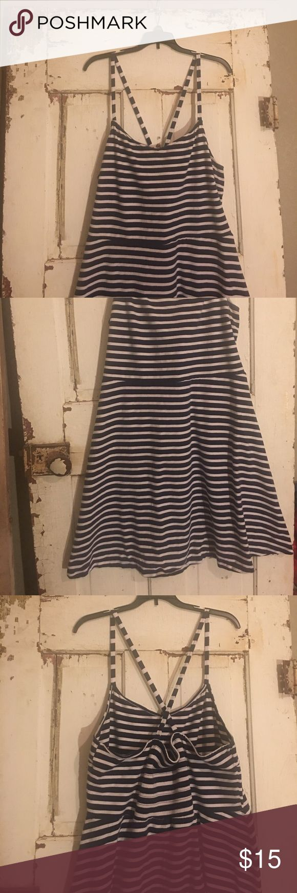 Nautical Summer Dress Navy & White striped, A Line Fit Stretchy Cotton Dress. Super comfy and casual. Worn a few times... I actually got engaged in this dress on July 4th lol! Hits above knee. Old Navy Dresses Midi