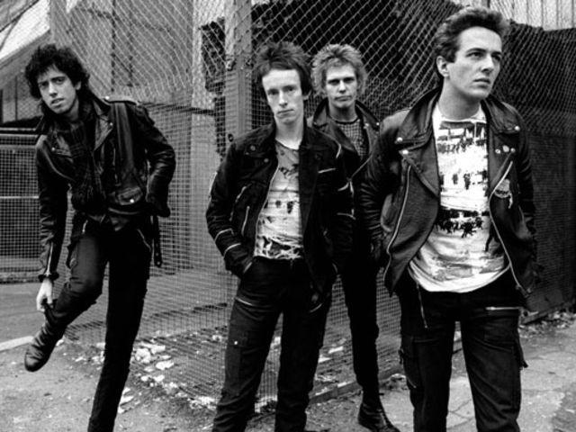Best 25+ 70s punk bands ideas on Pinterest   The clash ...