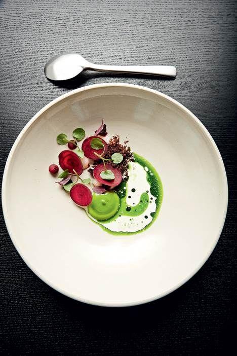 Med No. 2 barslede Restaurant AOC med en lille ny, der gjorde det tydeligt for enhver – gæster og begejstrede anmeldere – at der er sat helt nye standarder for restauranter i mellemklassen. Slægtskabet til Restaurant AOC er ganske tydeligt, og med No. 2 har København fået en regulær gourmetbistro.