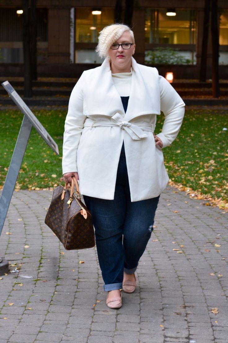 Fashion Blogger Spotlight: Cynthia of Flight of the Fat Girl
