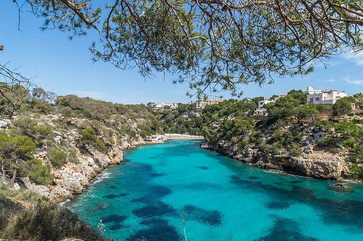 Mallorca Wanderung von der Cala Pi zum Cap Blanc - Ein Wanderweg entlang der Küste über Felsen mit Traumausblick. Infos zur Dauer, Parken, Wegbeschreibung.