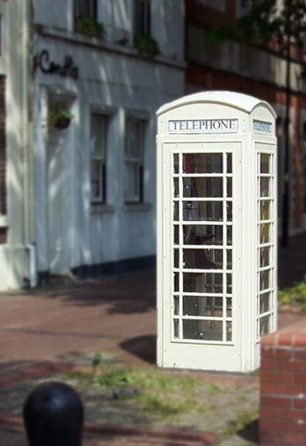 A symbol of Hulls Independence - the cream phone boxes you do not see anywhere else in the UK!