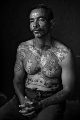 Picture This: Louie Palu captures horrors of the Mexican drug war | Take Two | 89.3 KPCC