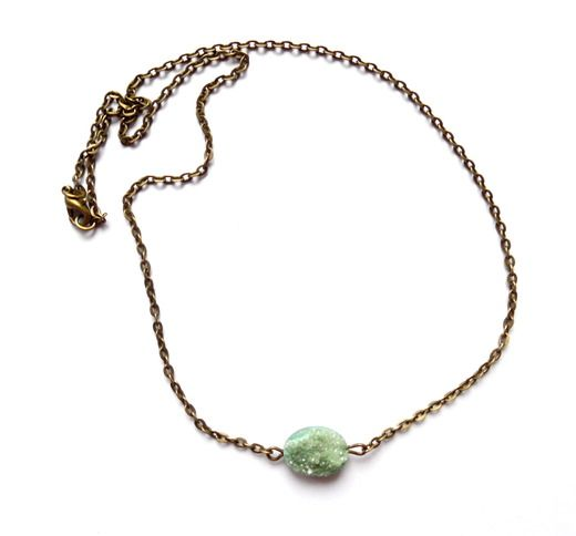Halsband med grön druzy agat
