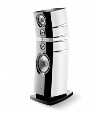 The Grande Utopia EM is considered as one of the best loudspeakers in the world.