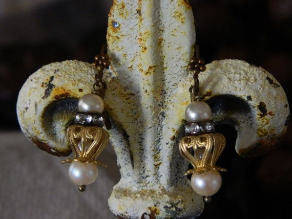Pearl Dangle Earrings  Gold Filigree Rhinestone by 58Diamond