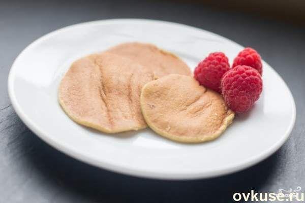 Очень быстрые диетические банановые оладьи на завтрак