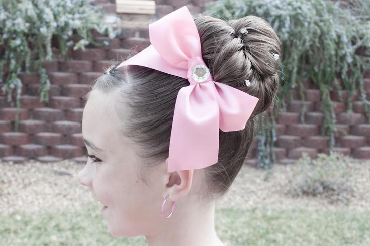 Gorgeous!: Hair Ideas, Dance Hair, Princesses Piggies Blog, Favorite Hairstyles, Princesses Piggiesblog, Hairstyles Stuff, Dutch Braids, Hair Style, Girls Hair