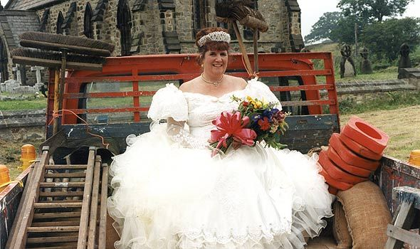 Emmerdale's Despite their rocky romance, Lisa and Zak got married in January 1998.  Congratulations Lisa and Zack!
