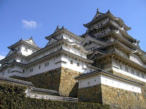 Himeji Castle, Himeji, Hyogo Prefecture, Japan - www.castlesandmanorhouses.com
