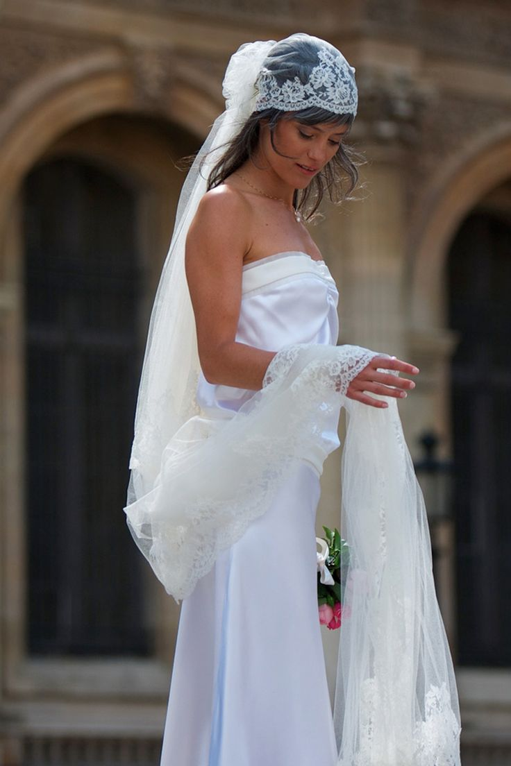 In love with beauty and traditions, Delphine Manivet designs romantic,  modern and timeless bridal dresses. Discover her french bridal inspiration  here.