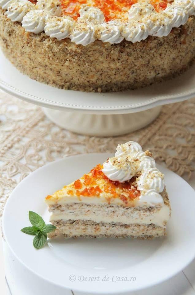Tort Egiptean <3 Un tort savuros si deosebit ! Nuca, alune, frisca, zahar ars, crema de vanilie cu unt … ce poate fi mai bun ? http://desertdecasa.ro/tort-egiptean/