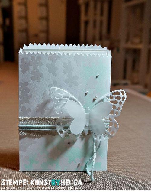 Kleiner Nachtfalter: Eine Lichttüte als Gastgeschenk #stampinup #Schmetterling #Stanze #thinlits #Karte #3D #basteln #Lichttüte #Gastgeschenk