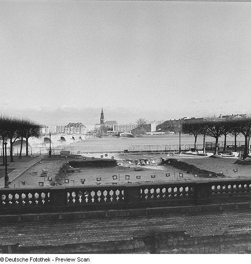 Dresden, Brühlsche Terrasse, 1990