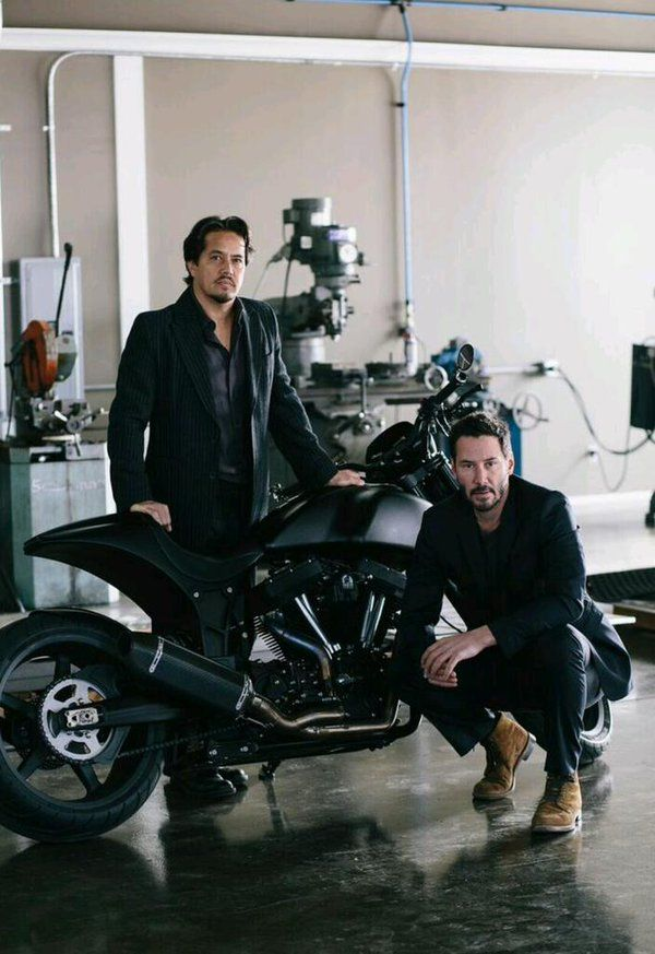 Keanu ♡♥ Reeves and Gard Hollinger Arch Motorcycle