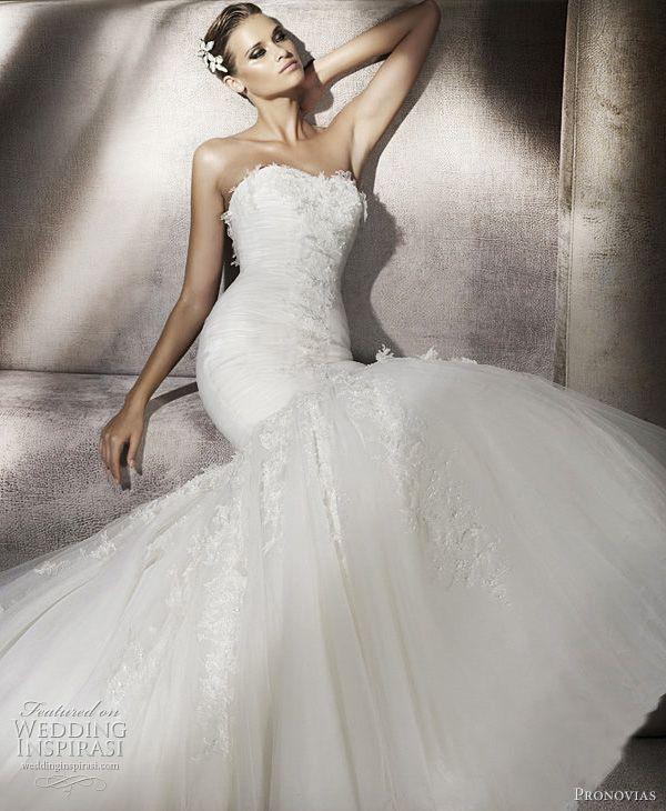 Pronovias Wedding Dresses 2012 — Glamour, Dreams & Ball Gowns Bridal Collections | Wedding Inspirasi