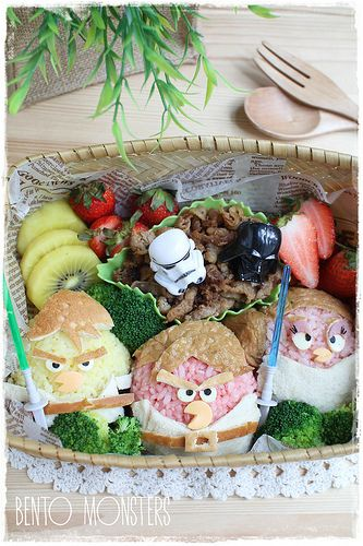 Star Wars Angry Bird Bento.  The word Star Wars is in there so I can pin it! lol I do love SW Angry Birds. I have all of them on my phone.