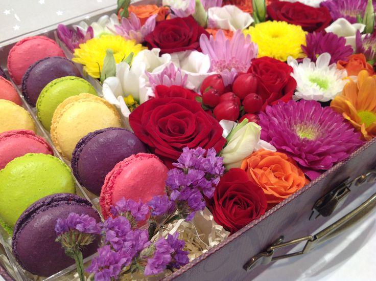 макарони и цветы macarons
