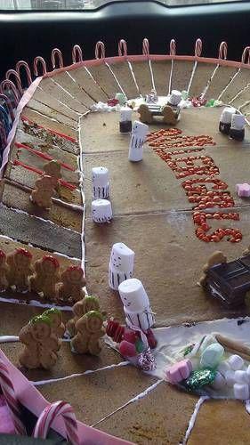 Roller Derby Gingerbread Banked Track! - COOKING