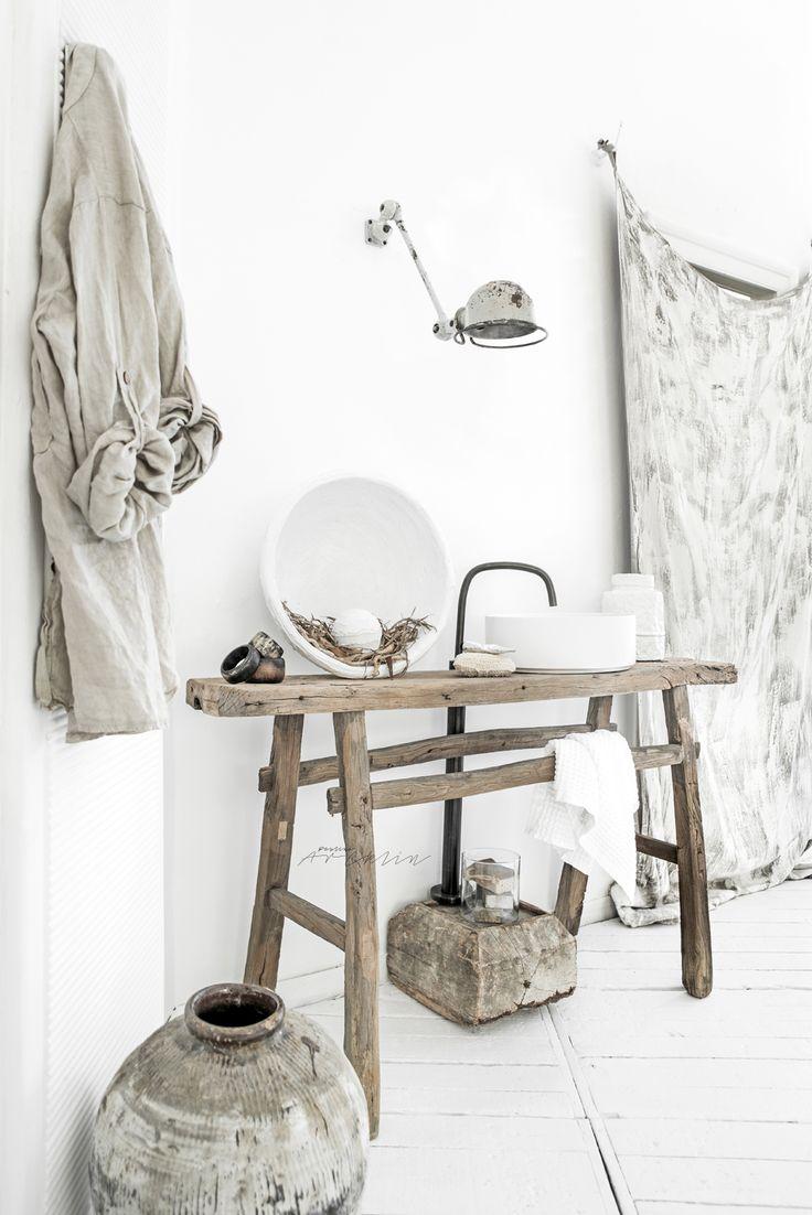 salle de bain dont on rêve  #style #decoration #interiordesign #scandinave #danish #hygge #sweden #bathroom #salledebain #vasque © Paulina Arcklin