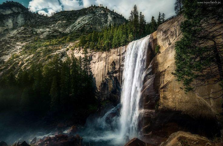 Góry, Drzewa, Kamienie, Wodospad