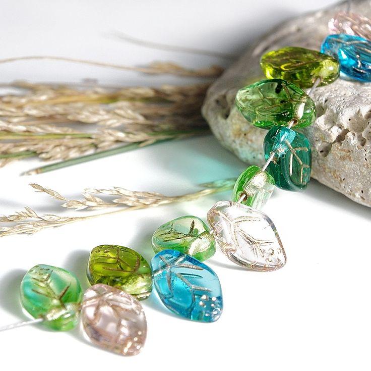Jewery supplies -Leaves Glass Czech Beads - Golden Veins Mix 7х12 mm -White Giraffe