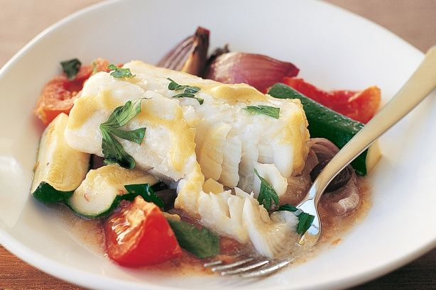 Baked fish on vegetables (low-fat) main image