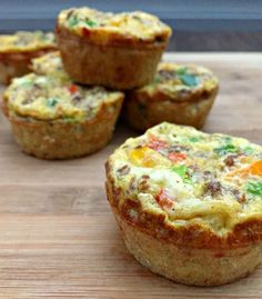 Southwestern Egg Muffins /frittata 18 Eggland's Best eggs, 6 whole eggs + 12 egg whites 1/2 cup chopped onion 1/2 cup chopped bell peppers 1 cup ground turkey sausage or meatless crumbles 1/2 tsp cumin 1/2 tsp chili powder 1/4 tsp salt dash cayenne pepper