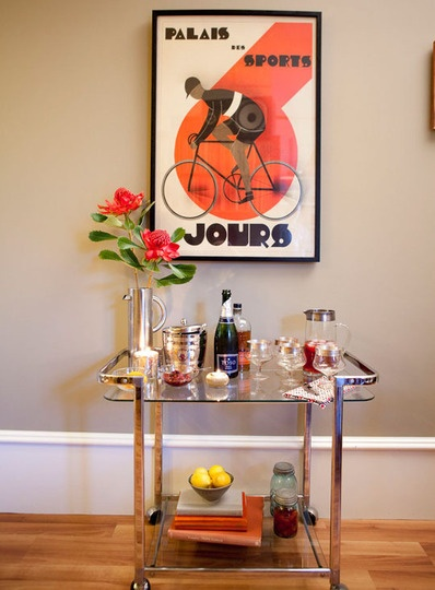 bar carts.: 500 Squares, House Tours, Danny Living, Apartment Therapy, Retro Posters, Squares Feet, Living Together, Home Bar, Bar Carts Posters